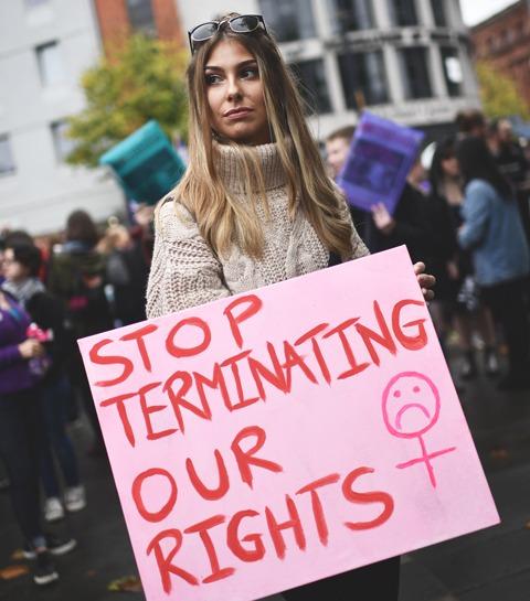 Avortement: pourquoi l'Irlande reste bloquée en arrière