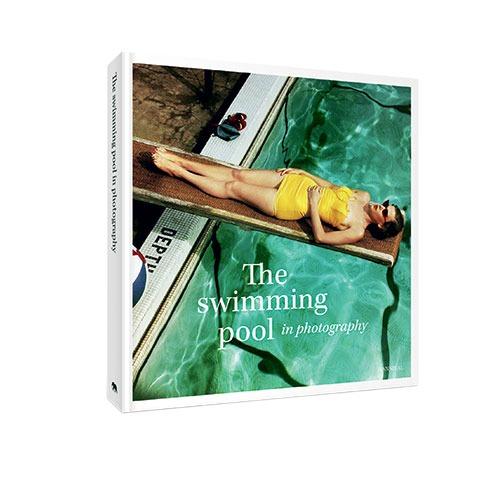 The Swimming Pool: le livre qui nous plonge dans les vacances - 1