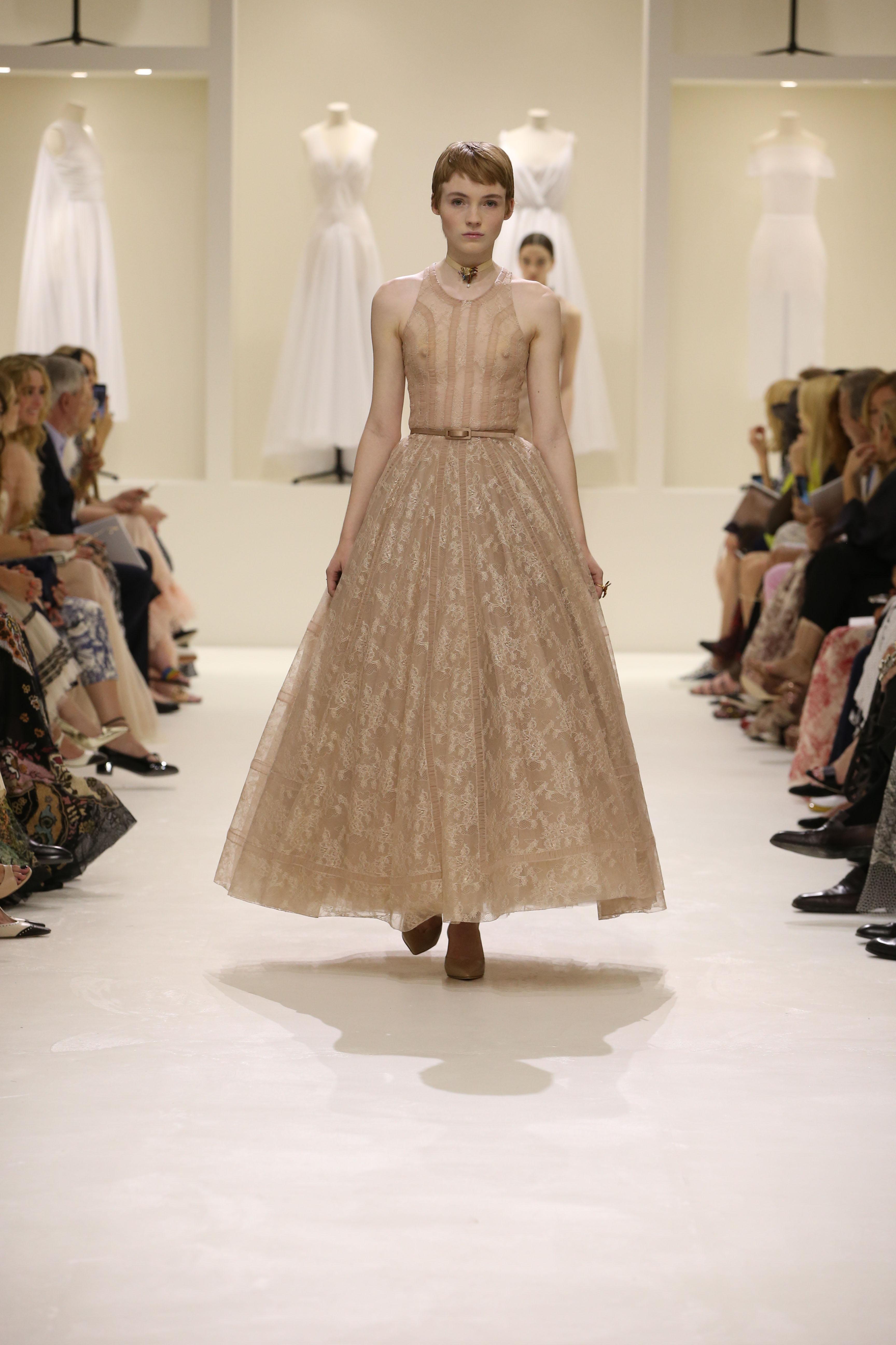 Christian Dior Haute Couture AH18-19 : les sources de l'épure - 5
