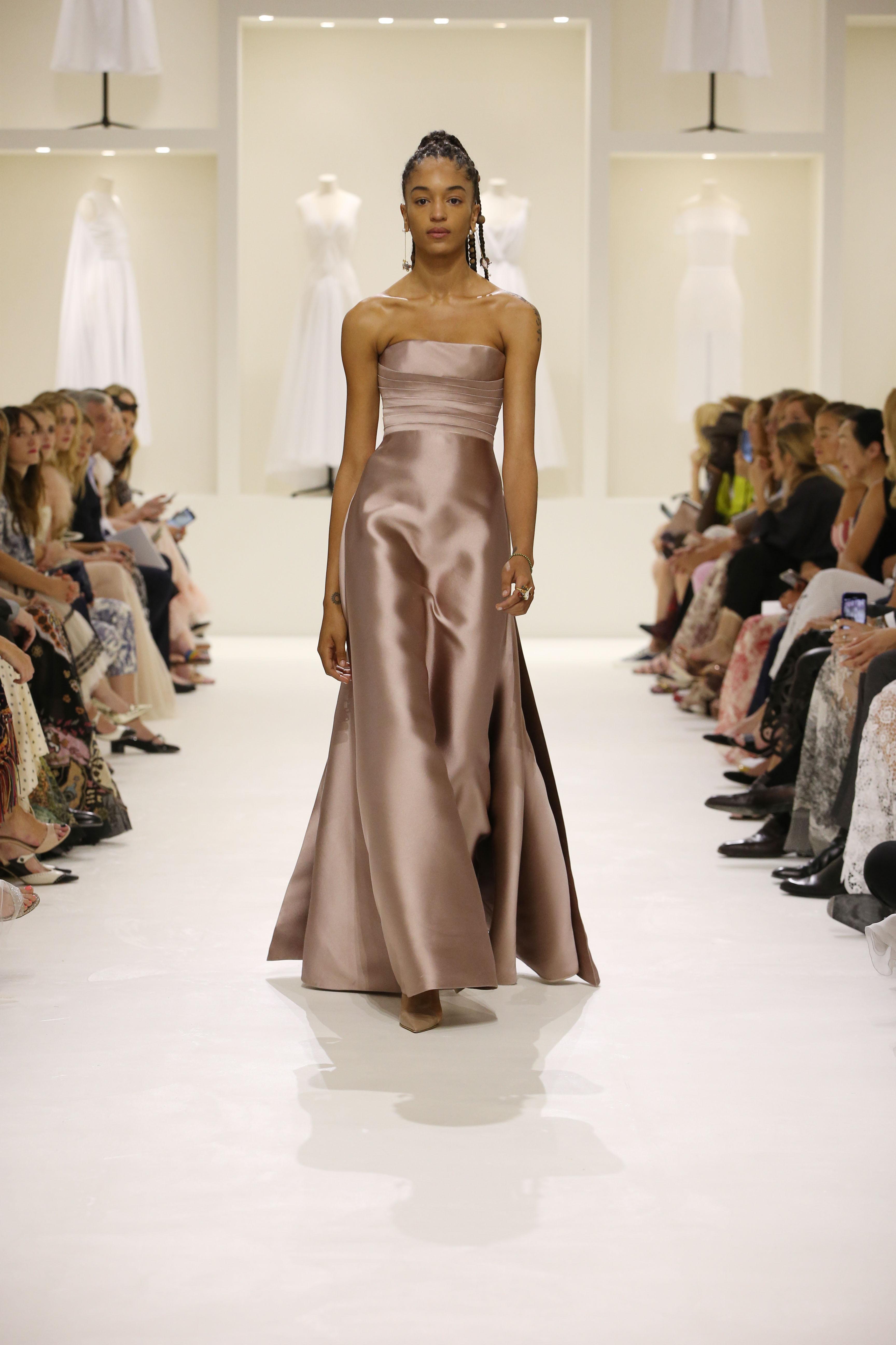 Christian Dior Haute Couture AH18-19 : les sources de l'épure - 2