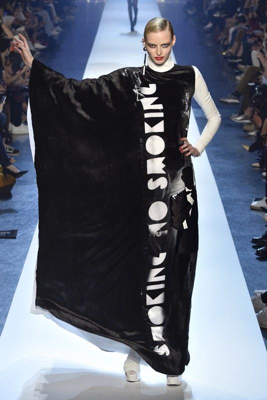 Haute Couture : Jean-Paul Gaultier ne mégote pas - 2