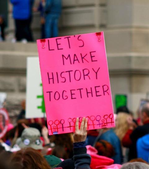 Dépénalisation de l'avortement: pourquoi le projet de loi fait débat?