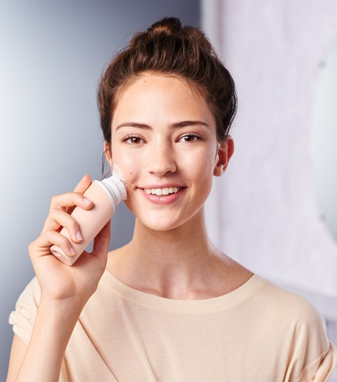 Participez et partez en vacances avec le nettoyant pour le visage VisaPure Mini de Philips