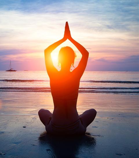 Inscrivez-vous à la ELLE Yoga Sunset  2018 !