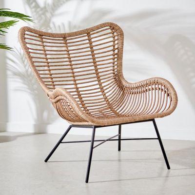 chaise lounge en bois naturel