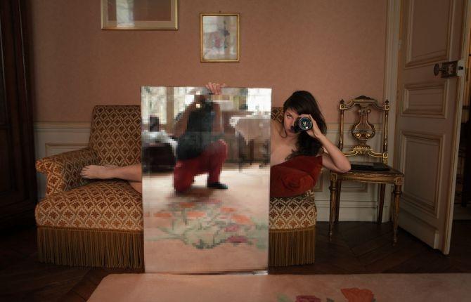 deborah de robertis miroir