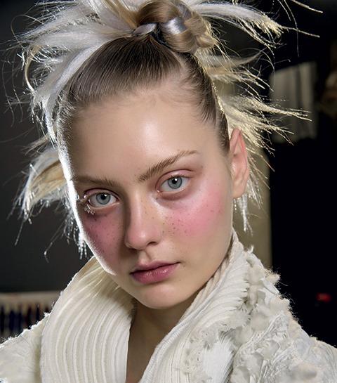 make-up du défilé d'Issey Miyake