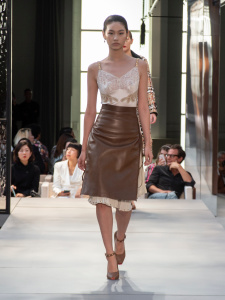 Burberry Spring_Summer 2019 Collection – Look 26