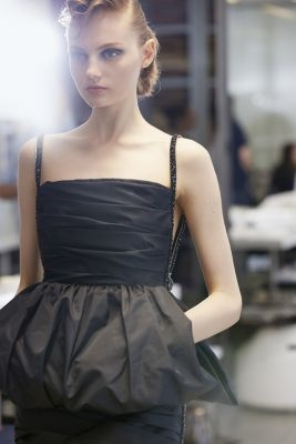 Fitting-pictures-by-Benoit-Peverelli-(2)