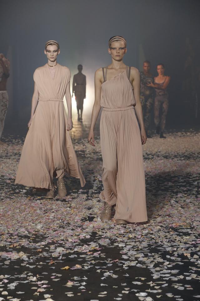 Paris Fashion Week 2018 : Dior danse - 1