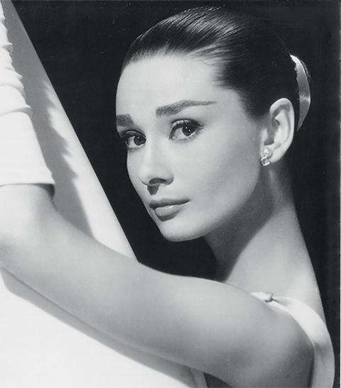 Audrey Hepburn avait interdit la sortie de ce parfum