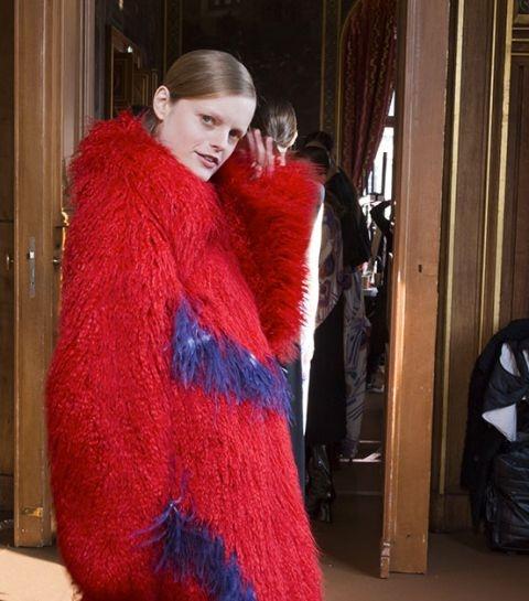 À quoi ressemble la vie des mannequins aux Fashion Weeks?