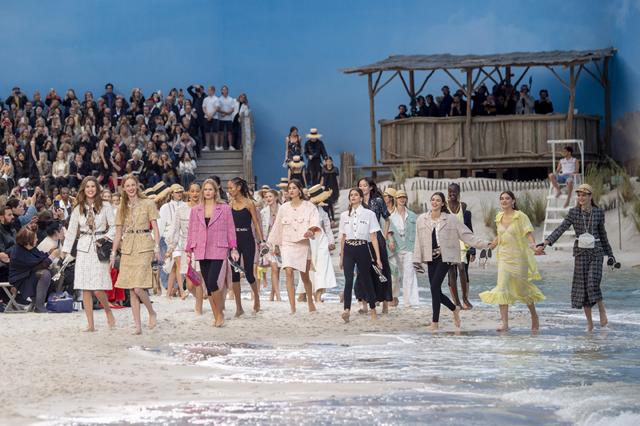 Chanel et les filles du bord de mer - 2