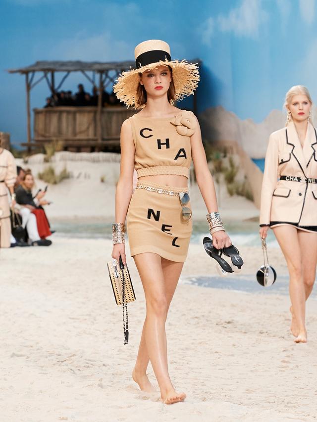 Chanel et les filles du bord de mer - 7