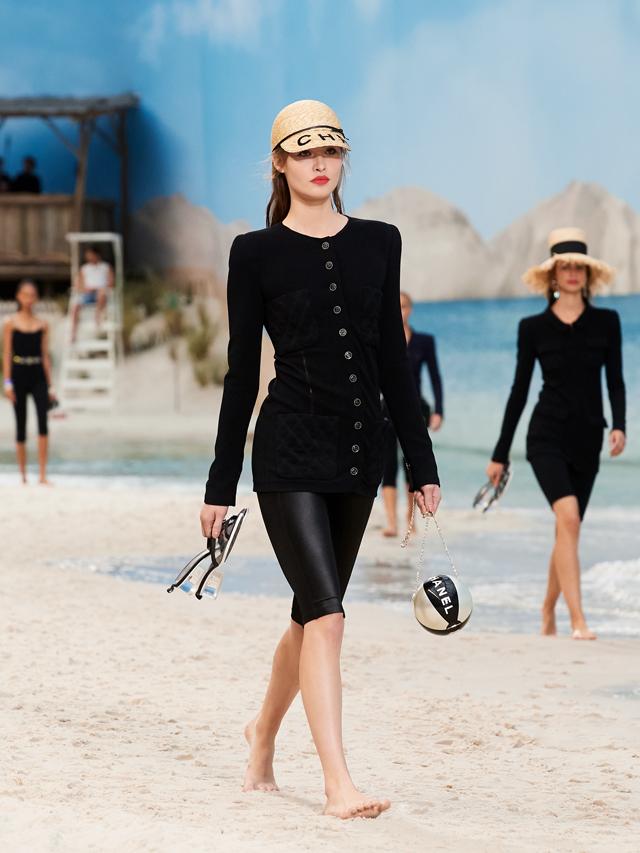 Chanel et les filles du bord de mer - 5