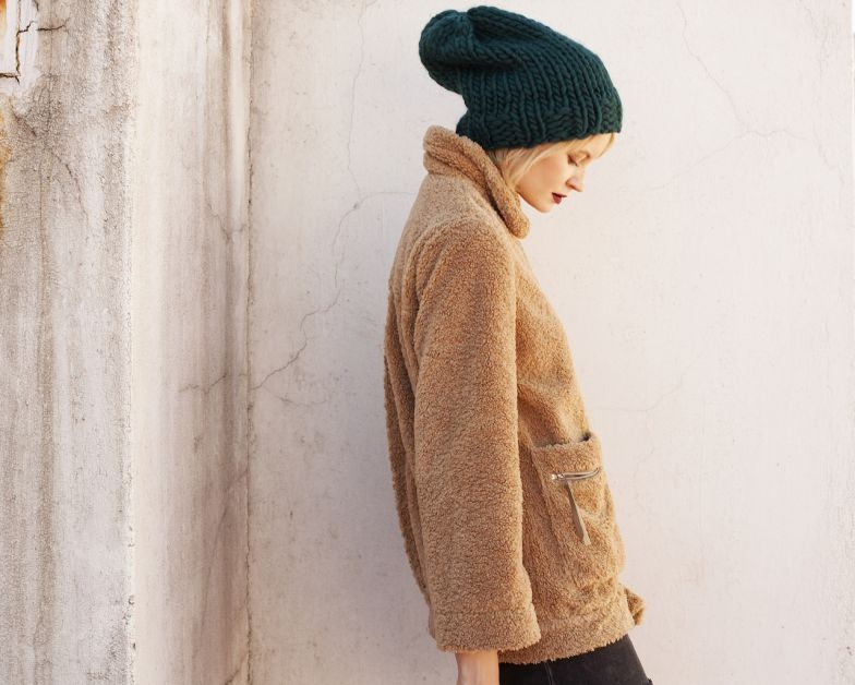We Are Knitters – Slouchy Beanie – porté2