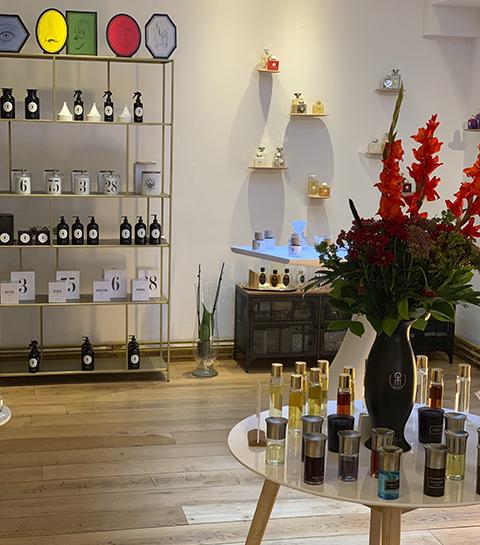 Liquides Confidentiels: un nouvel écrin de parfumerie s'ouvre à Namur
