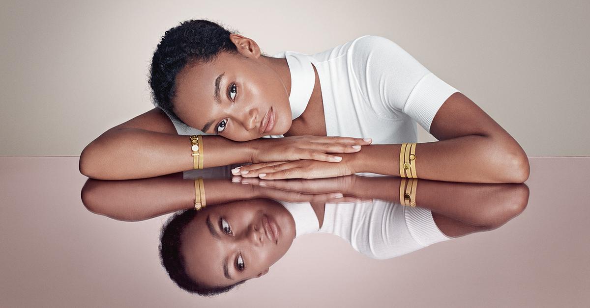 Tendance : sublimez vos tenues automnales avec des bijoux royaux - 1