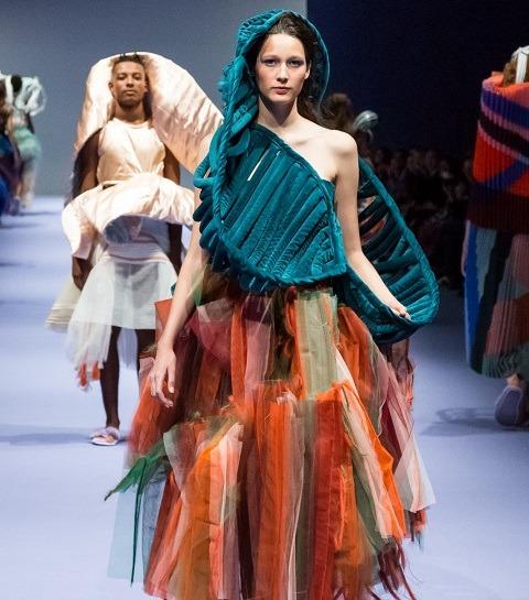 HEAD : avoir la nouvelle mode suisse en tête