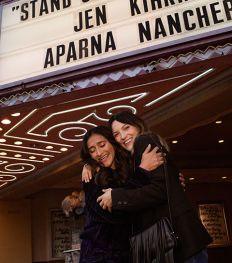 Comedy Club: qui sont Aparna Nancherla et Jen Kirkman ?