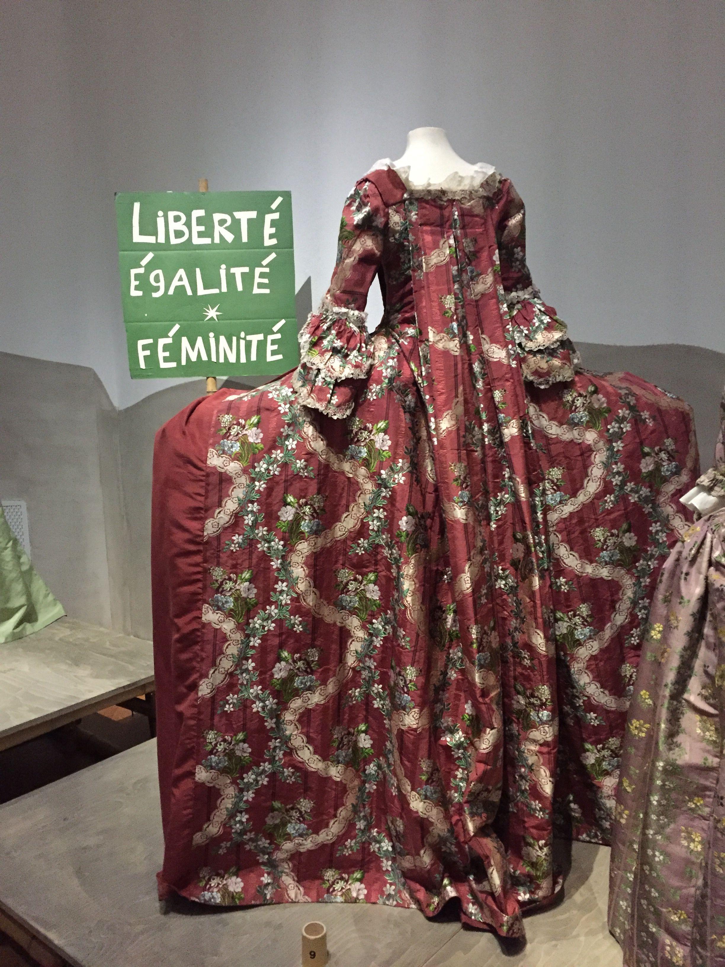 Femmes Fatales et Fashion Fatum - 3