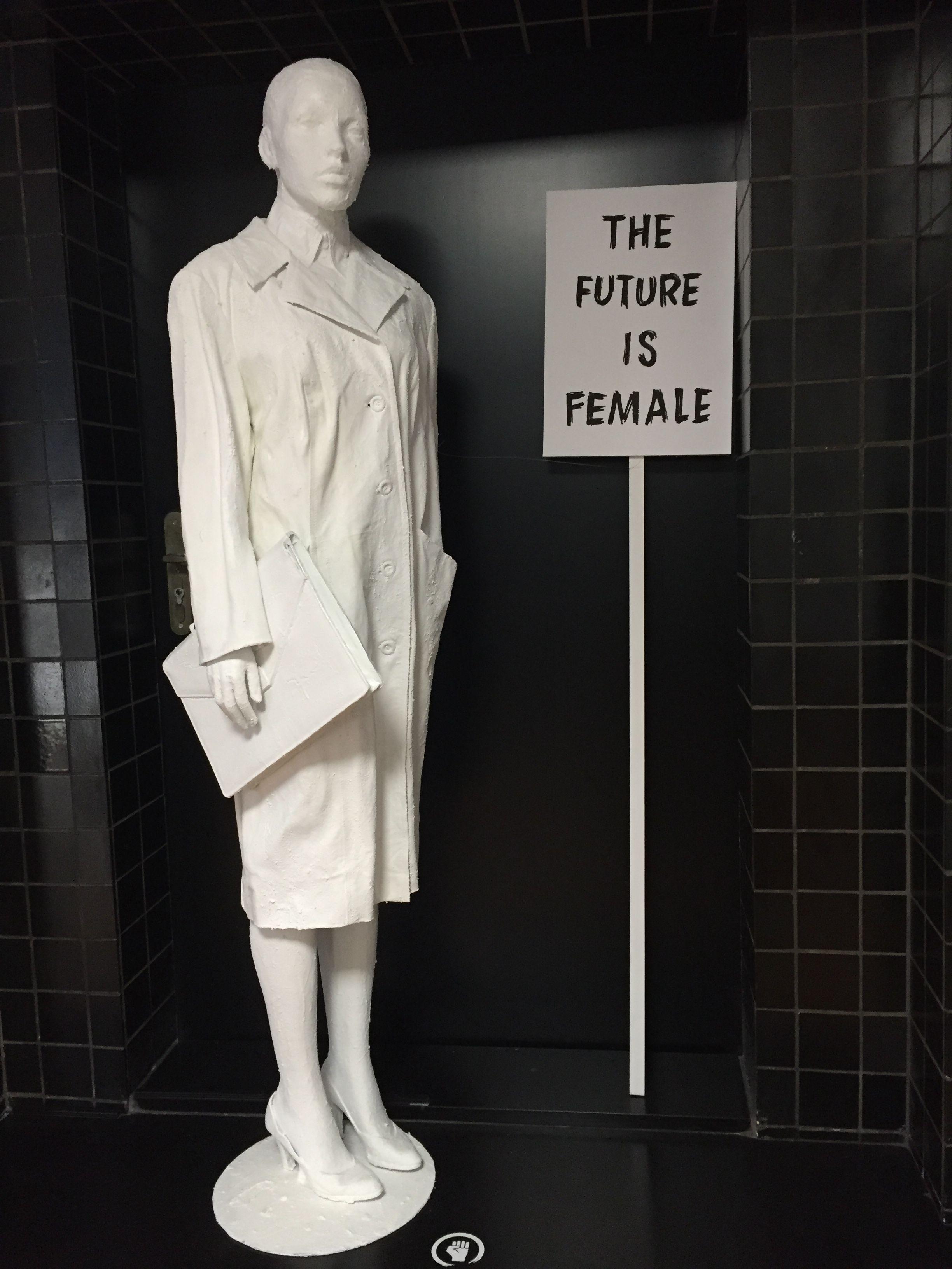 Femmes Fatales et Fashion Fatum - 9