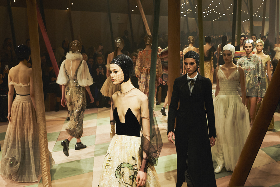 Fashion Week Haute Couture : Dior, en piste ! - 1