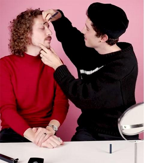 Les mecs de la rédac testent le maquillage pour homme de Chanel (VIDEO)