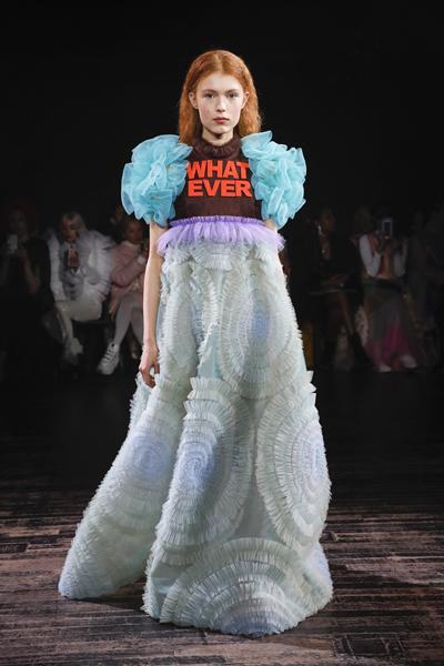 Paris Haute-Couture : Viktor & Rolf, la mode à slogans - 8