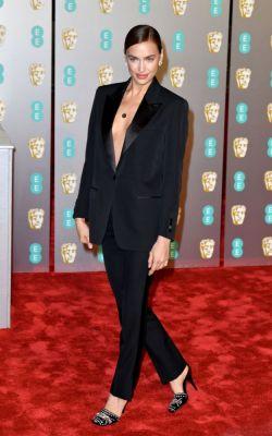 Irina Shayk en Burberry BAFTA 2019