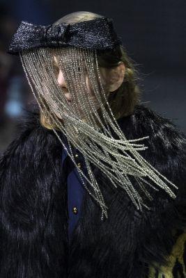 masque strass gucci fashion week milan FW19