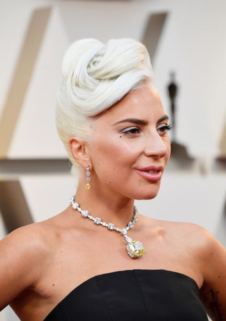 Oscars 2019 robes tapis rouge Lady Gaga