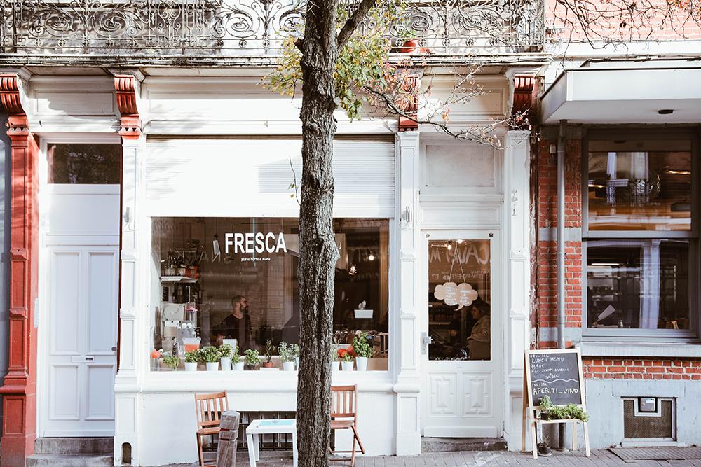 Photo de la façade du restaurant Fresca à Bruxelles