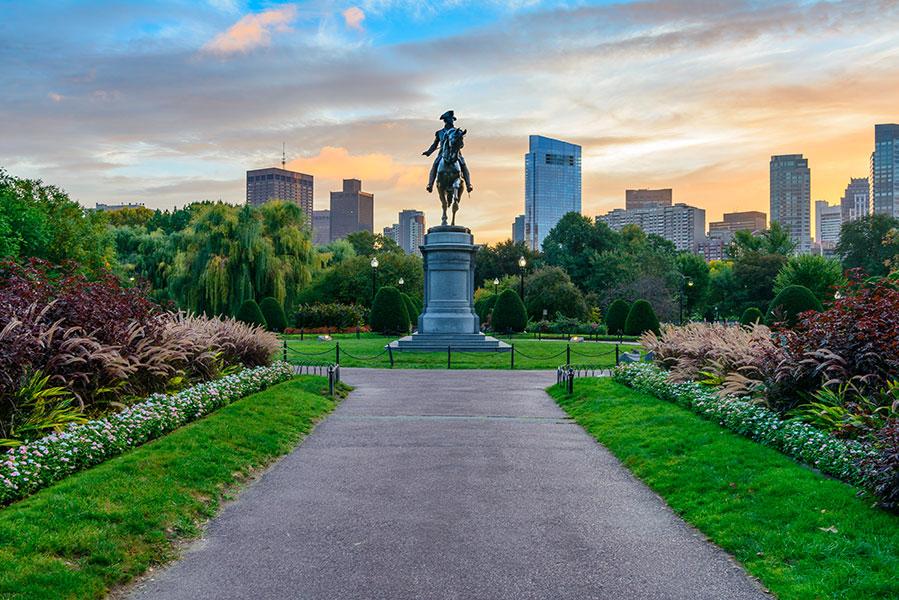 Vue depuis le parc Boston Common à Boston.
