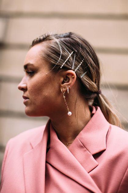 barrette cheveux paris fashion week