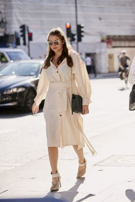 robe nouée beige