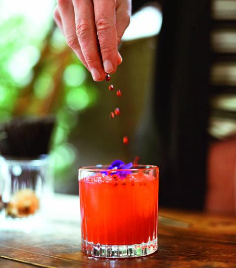 Le mocktail au basilic rouge & pamplemousse