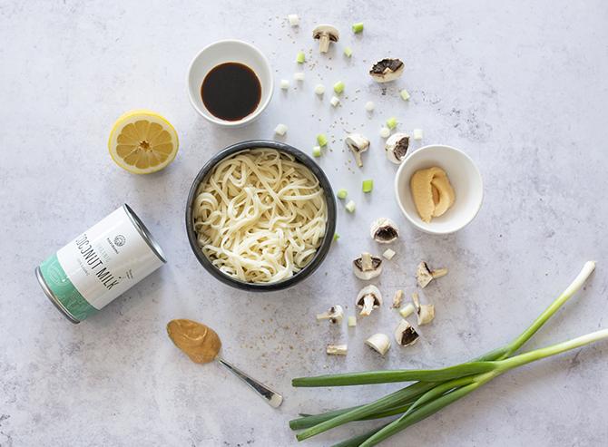 Nouilles udon aux champignons et lait de coco d'Emna Everard - 1