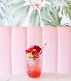 7 cocktails originaux à siroter autour d'une piscine
