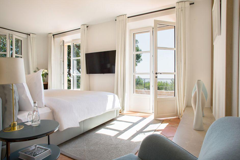 Photo d'une des chambres des villas La Réserve Ramatuelle
