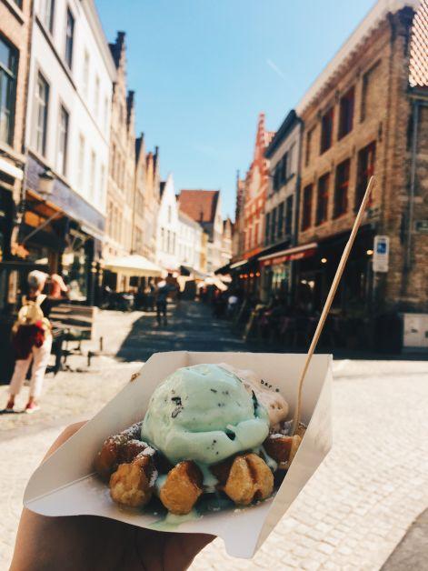 Oyya fait partie des meilleurs glaciers de Bruges