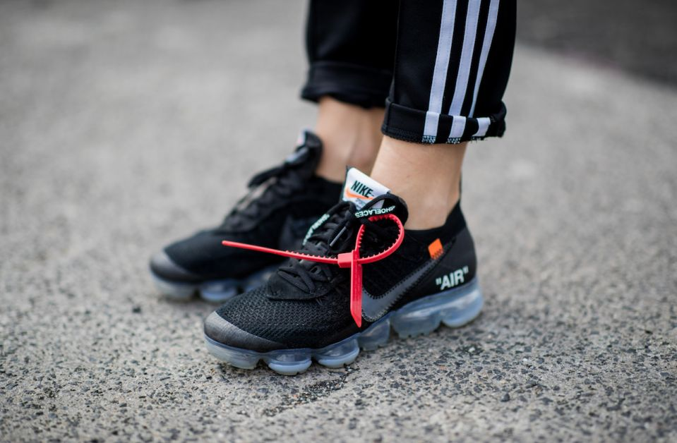 baskets noires nike off-white