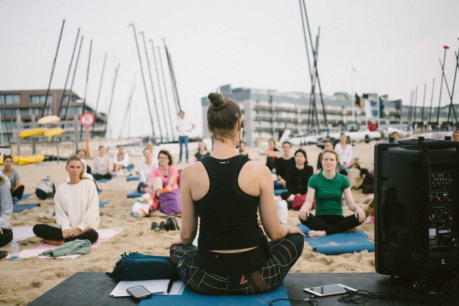 Elle Yoga Sunset 2-4