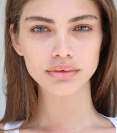 Valentina Sampaio : premier mannequin transgenre pour Victoria's Secret