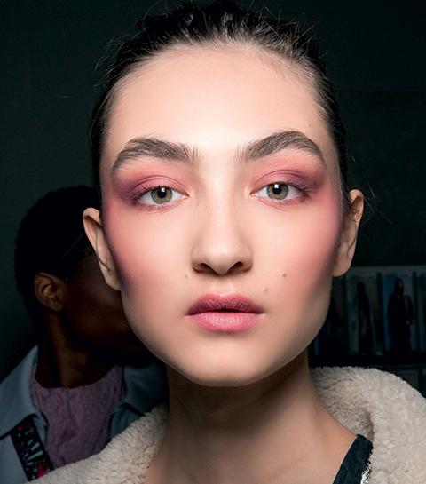 Maquillage vu sur le défilé Aigner.