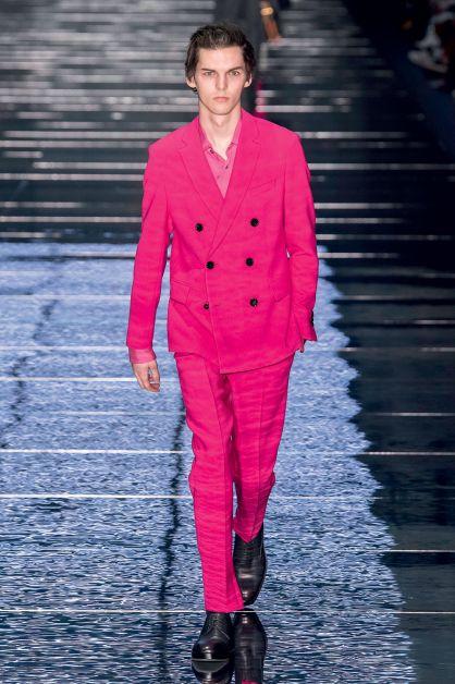 tailleur rose hugo boss