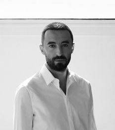 Qui est Walter Chiapponi, le nouveau directeur créatif de Tod's ?