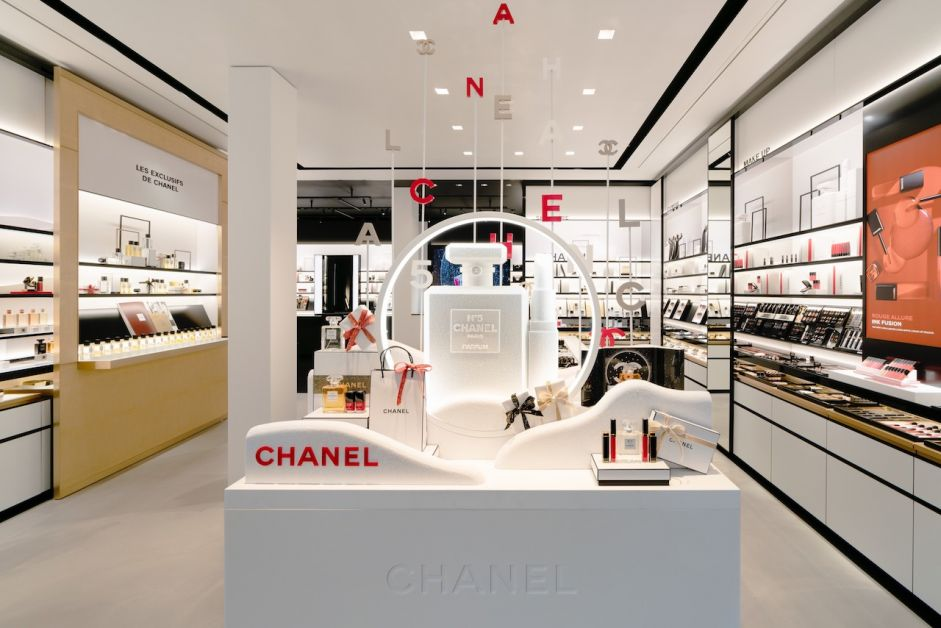 CHANEL FRAGRANCE AND BEAUTY BOUTIQUE ANTWERPEN 002