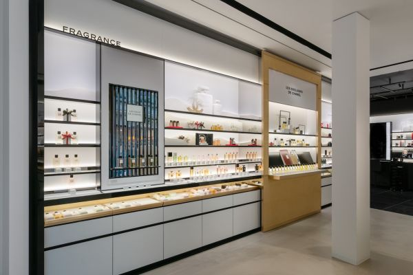 CHANEL FRAGRANCE AND BEAUTY BOUTIQUE ANTWERPEN 003