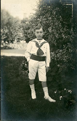 Christian Dior enfant, à Granville en 1910.